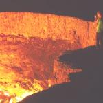 トルクメニスタンにある地獄の門は人工的に作られたものだった!